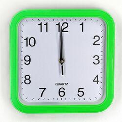 673 Настенные часы La Minor Зелёные